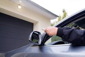 Quels sont les avantages d'une porte de garage motorisée?
